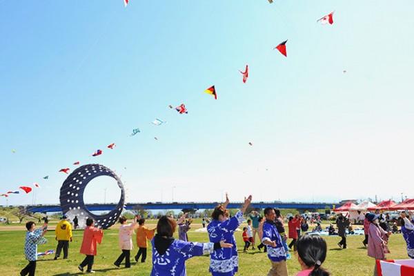 国際凧揚げ